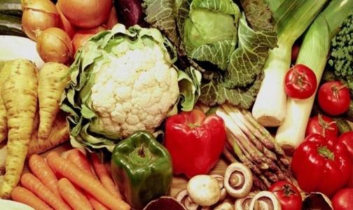Супермаркеты Петербурга убирают с прилавков овощи