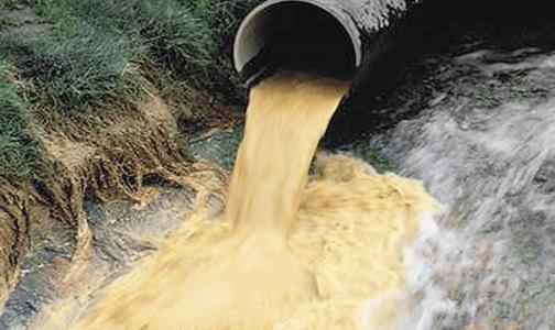 Промышленные отходы вновь сбрасывают в городские реки