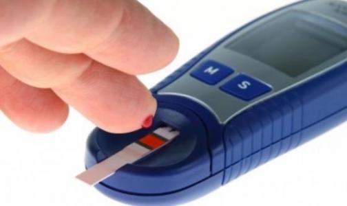 В Приморском районе у пожилых проверят уровень сахара в крови