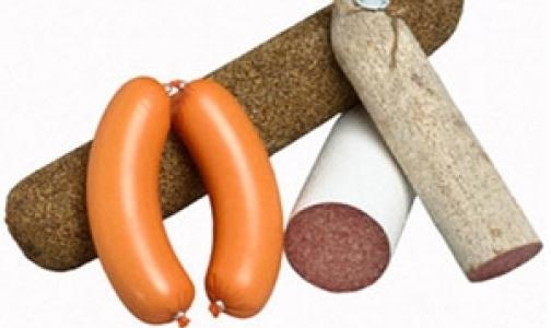 «Окей» и «Ленту» оштрафовали за продажу некачественной колбасы