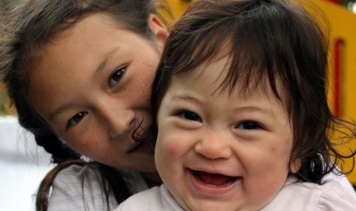 Комитет по здравоохранению отказывается спасать петербургских детей с редкими болезнями
