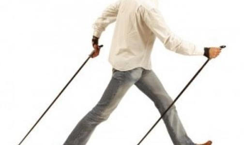 В Колпино набирает популярность скандинавская ходьба