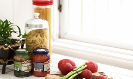 Губернатор получит продуктовый набор от общества потребителей