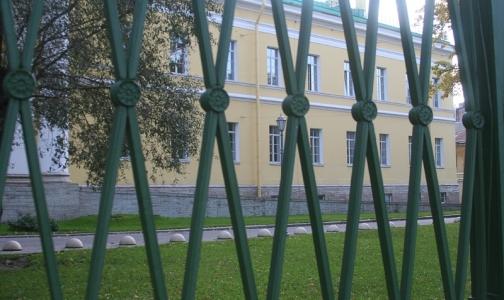 Больницы Петербурга на осадном положении? Плановая госпитализация отменена