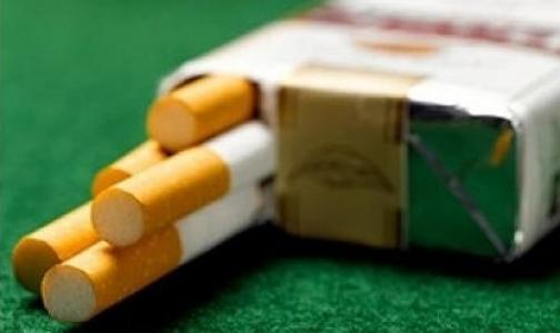 У метро «Политехническая» можно обменять пачку сигарет на банан