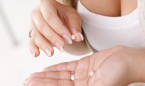 Стоит ли продавать противозачаточные таблетки подросткам без рецепта?
