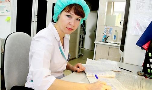 Сколько получают медсестры в Петербурге и Москве
