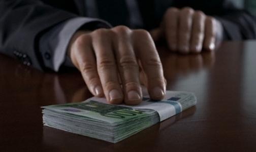 Здравоохранение в России занимает второе место по уровню коррупции