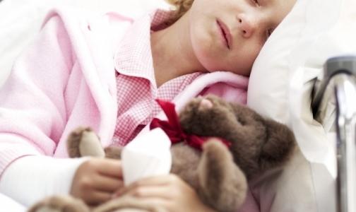 Почему родители травят детей каплями от насморка