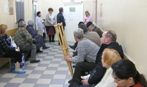 В поликлиниках Кронштадтского района простаивает новое оборудование и  не хватает специалистов