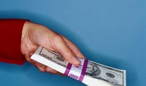 Государство потратит 5 триллионов рублей на увеличение зарплаты врачам и учителям