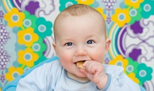 Почему нельзя «подкупать» конфетами детей
