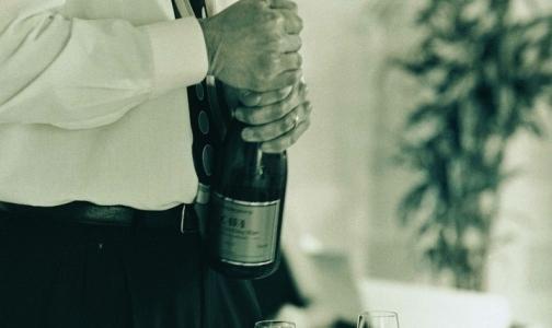 Россияне о надписях о вреде алкоголя: «Должен быть нарисован зеленый черт с белочкой на руках»