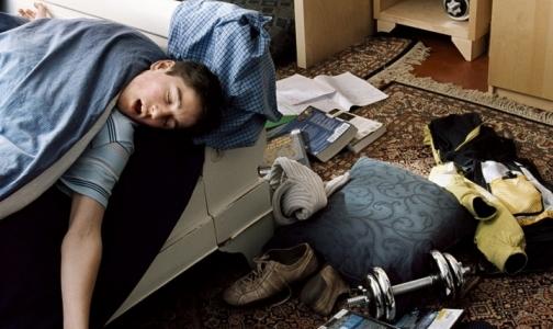 Недостаток сна приводит к мыслям о самоубийстве