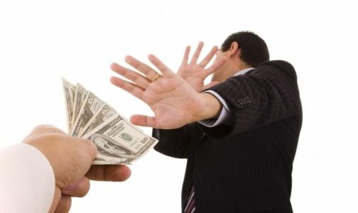 За взятку в 2000 рублей петербургский стоматолог заплатит в 40 раз больше