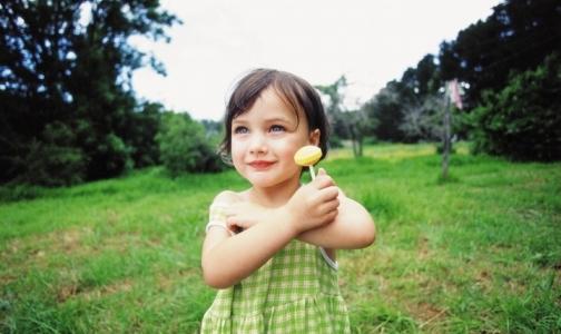 Как уберечь ребенка от перегрева в жару