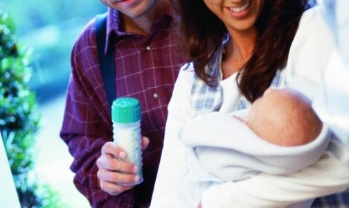 Россиянки считают, что молочная смесь может заменить грудное молоко