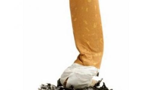 Минздрав обещает через два года пачку сигарет за 100 рублей
