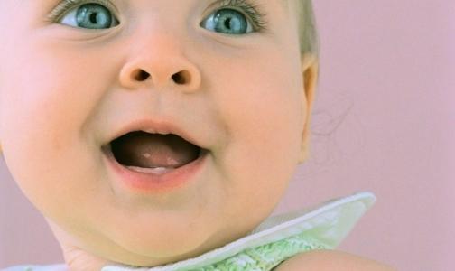 Родился первый генетически отобранный ребенок «из пробирки»