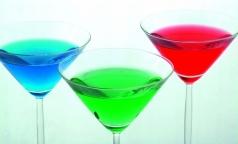 Петербуржцы стали реже пить тосол и стеклоочиститель