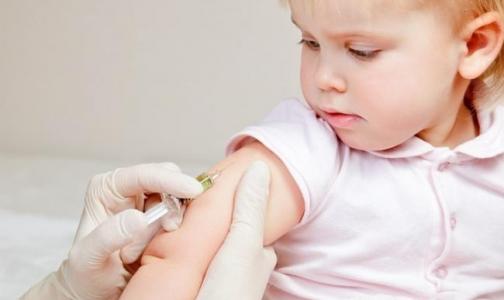 В Петербурге началась бесплатная вакцинация детей от пневмококка
