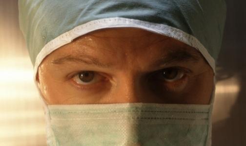 Для нашего общества врач, избивший больного, интереснее врача, спасшего человеку жизнь