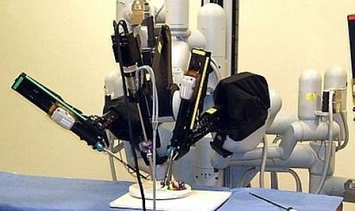 В Сестрорецкой больнице хирурги удаляют раковую опухоль с роботом да Винчи