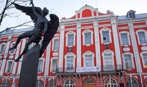 Петербургский университет хочет управлять Покровской больницей