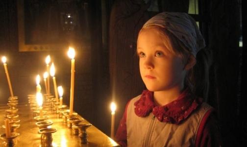 Как петербуржцы пытаются лечиться молитвой и святой водой