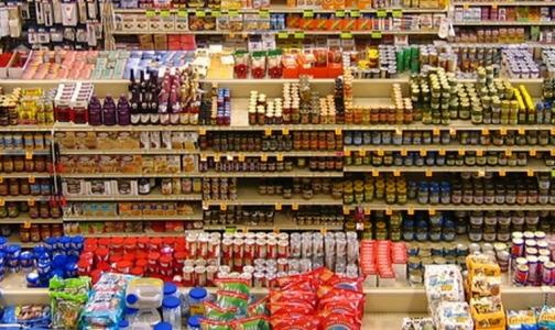 Три известные торговые сети Петербурга продавали опасные продукты