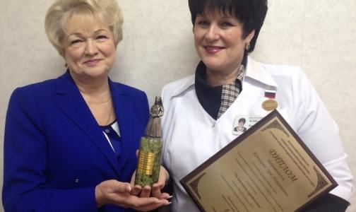 Петербургская медсестра получила всероссийское признание за верность профессии