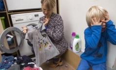 Greenpeace нашел опасные химические вещества в детской одежде известных брендов