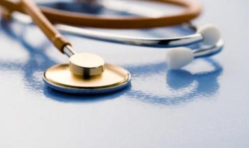 Медеведев предложил увеличить возраст врачей, получающих подъемный миллион