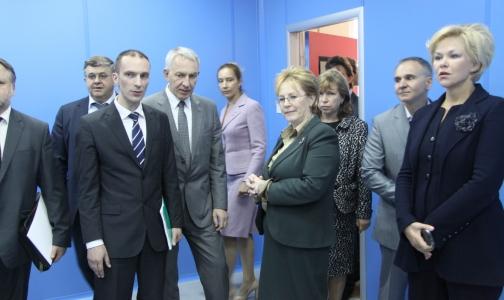 Скворцова открыла Институт экспериментальной медицины в Петербурге, где будут жить мыши и крысы