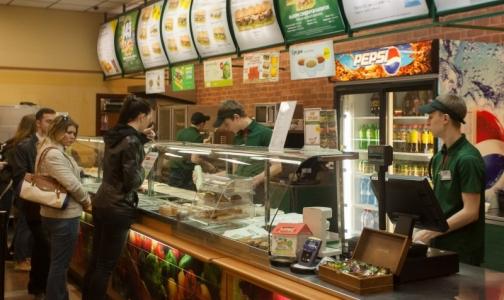 Почти половина россиян уверены, что питаются правильно
