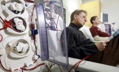 Петербуржцам на диализе хотят выдавать льготные лекарства в клинике