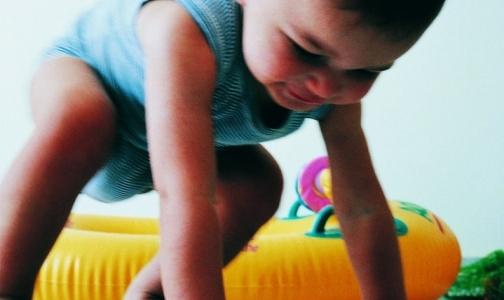 Минздрав отменяет осмотры психиатра для годовалых детей. Осмотры гинеколога останутся