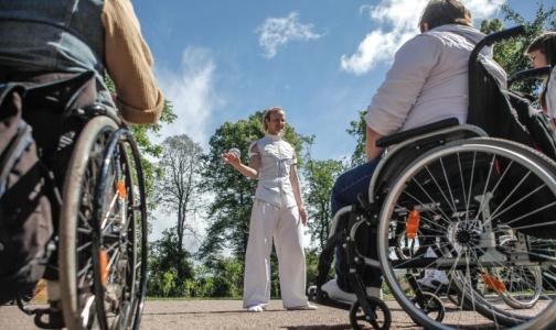 Российских инвалидов обеспечат «умными» руками и колясками отечественного производства