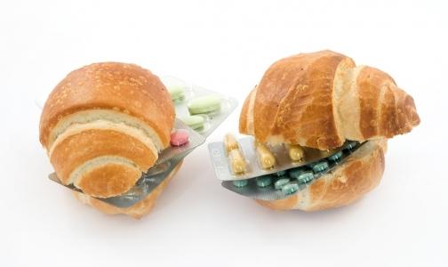 Из-за санкций в Россию не пускают популярные витамины