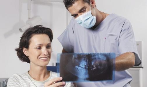 В женских консультациях Петербурга будут лечить зубы