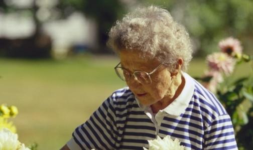 Половина россиян ничего не знает о старческом слабоумии