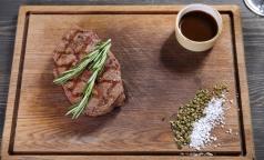Врачи думают, что санкции помогут заменить вредное мясо на полезные бобы