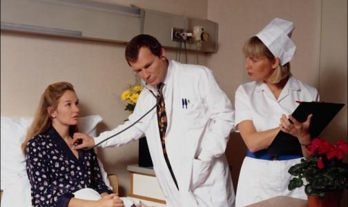 В больницы ежедневно госпитализируют до 90 петербуржцев с тяжелыми формами ОРВИ