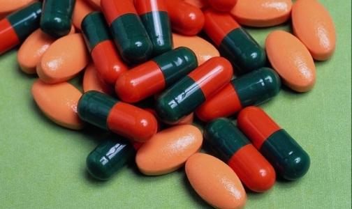 Россия продолжает снижать объем импорта лекарств