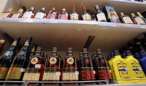 Главный нарколог РФ сообщил, скольким россиянам противопоказан алкоголь
