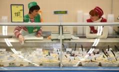 В салатах из петербургских супермаркетов обнаружили кишечную палочку и плесень