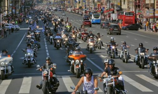 Петербургским мотоциклистам будут оказывать бесплатную медпомощь в ВМА