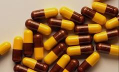 За год Россия уменьшила закупки зарубежных лекарств почти на треть