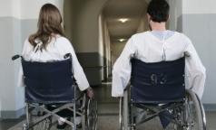 Президент поручил создать реестр инвалидов и снизить смертность на дорогах