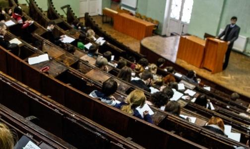 Сколько «бюджетников» примут в этом году медвузы Петербурга